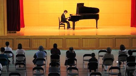 20クラブ09ピアノ部.JPG