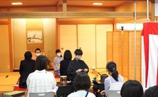 18クラブ10茶道部.JPG