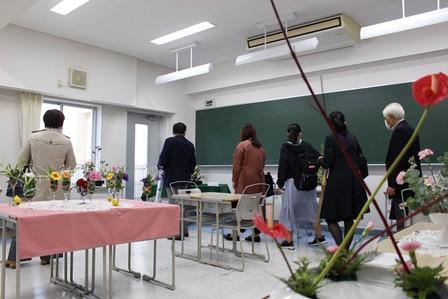 19クラブ08華道部.JPG